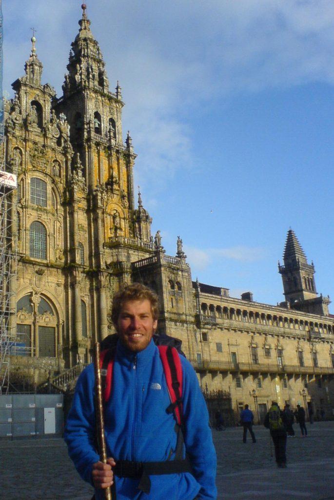Ich vor der Kathedrale in Santiago