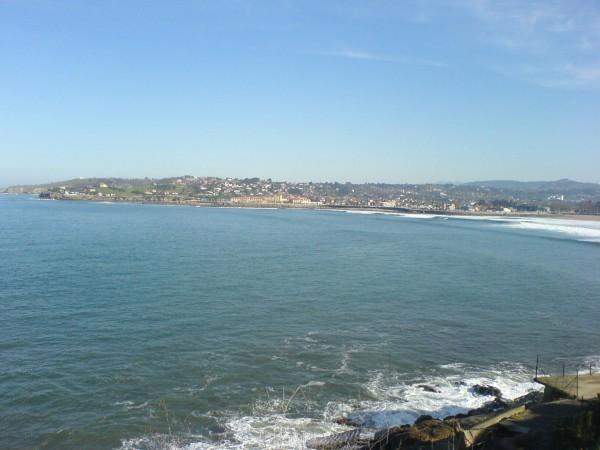 Blick von Gijon auf den Atlantik.