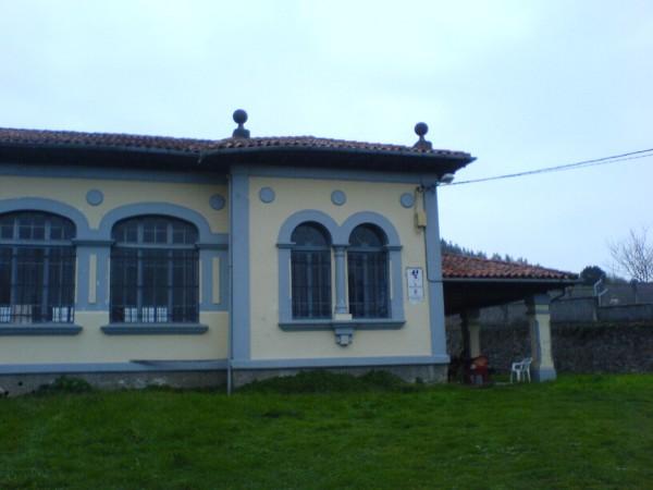 Schlichte ältere Herberge auf der heutigen Etappe in Soto de Luina.