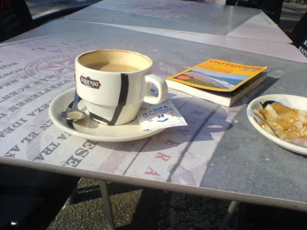 Kaffeepause auf dem Weg nach Pinera.