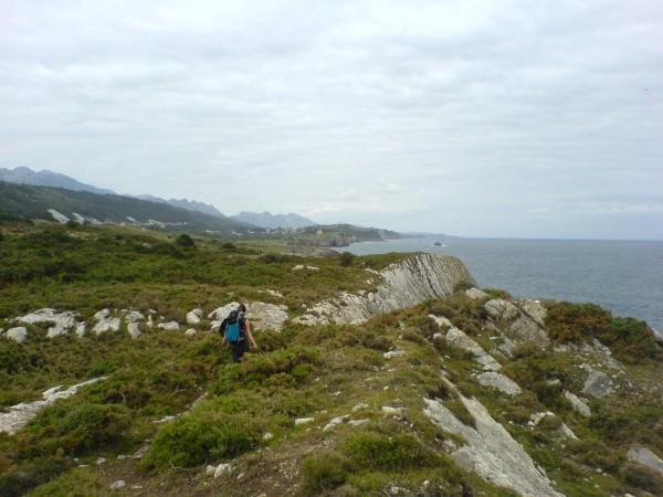 Wunderschöne Landschaft auf der Strecke nach Colombres.