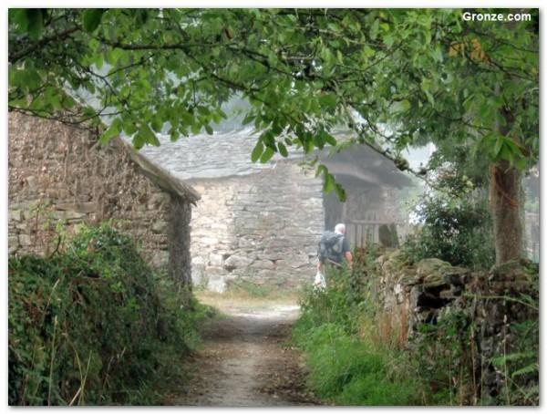 Schöne Landschaft auf der Strecke durch Galizien nach Baamonde.