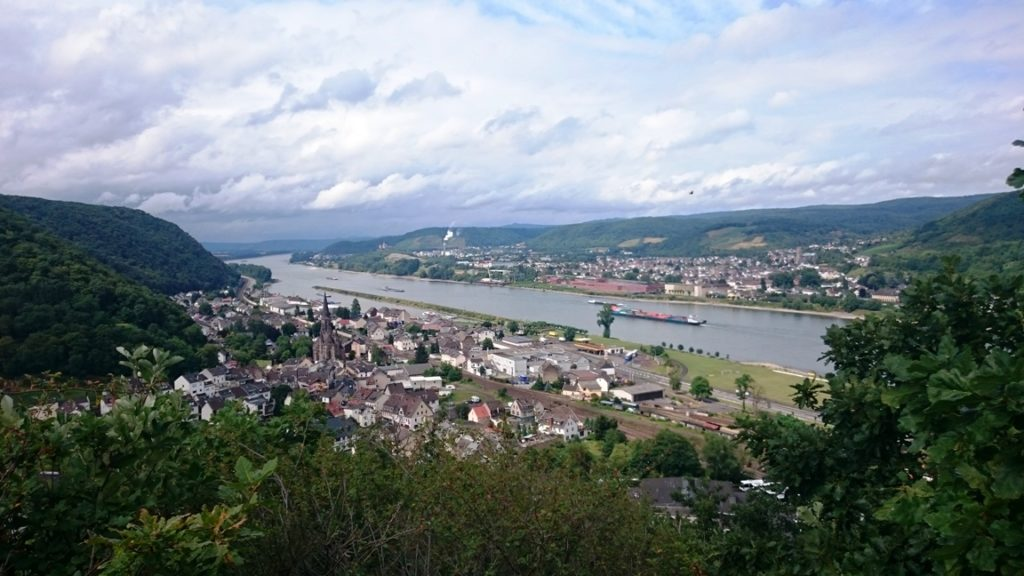 Auf dem deutschen Jakobsweg am Rhein