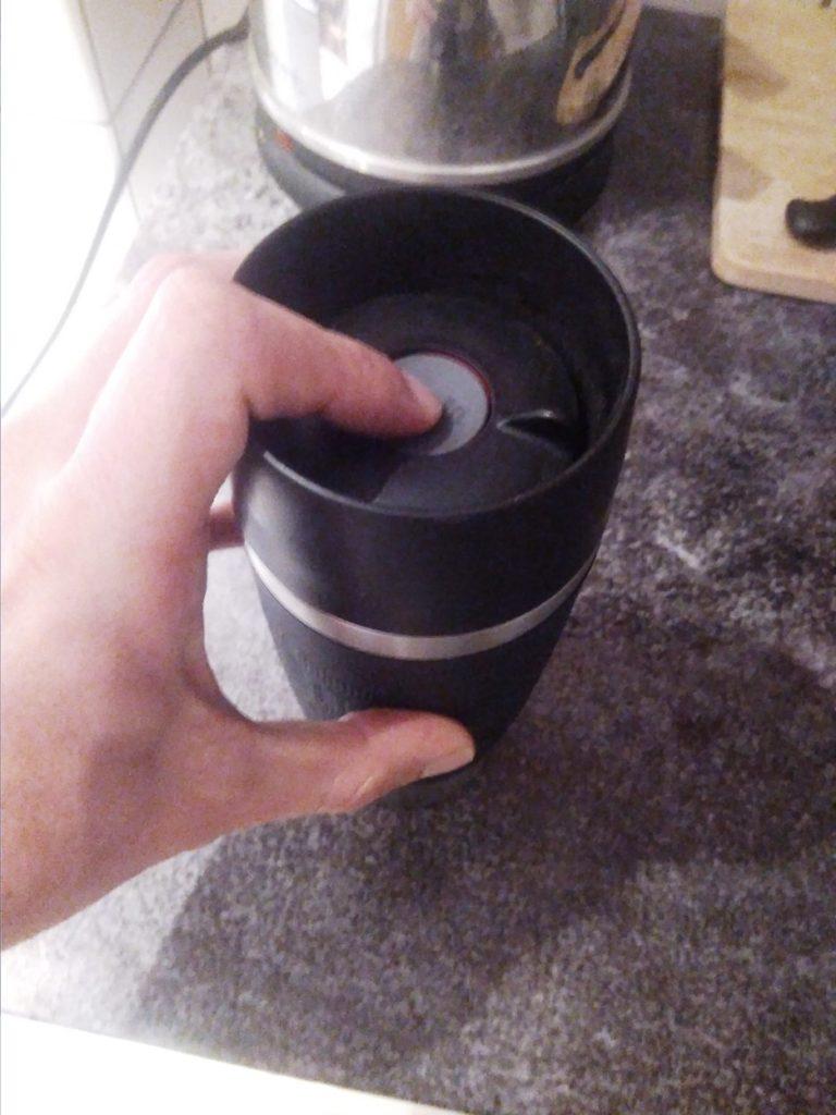 Öffnung des Emsa Travel Mug