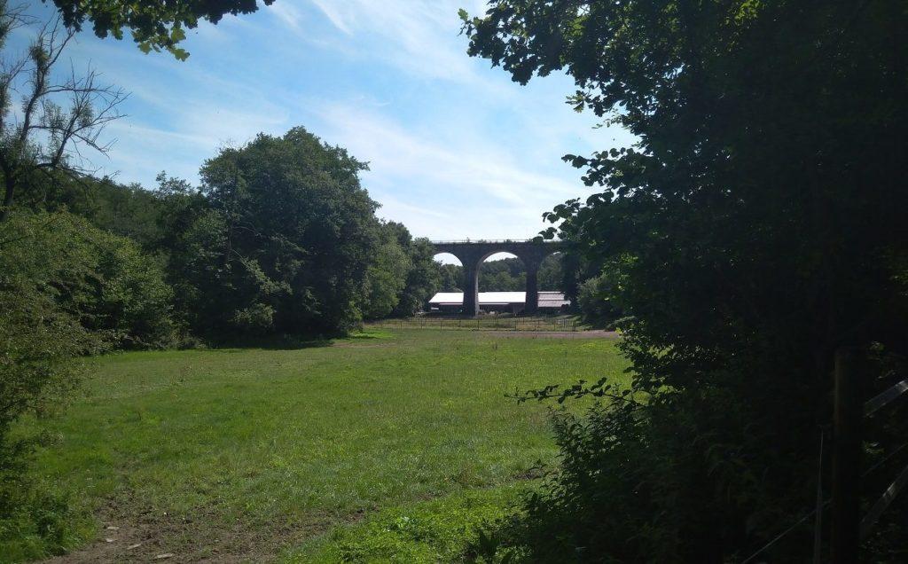 Viadukt auf dem Eifelsteig